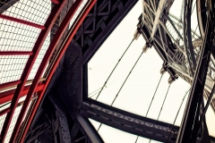 LookingUpTheWilliamsburgBridgeWideAngle_warped_1600