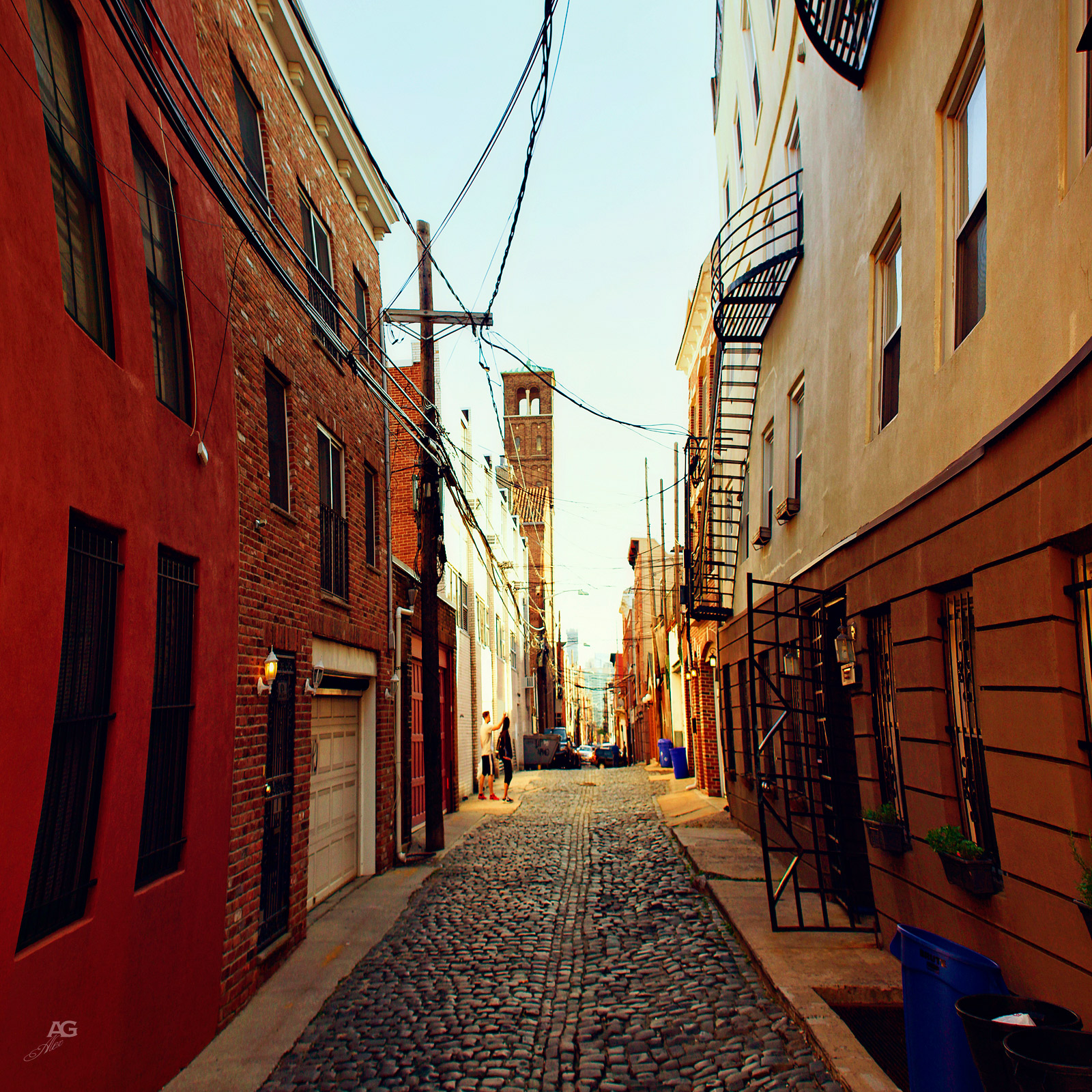 NarrowStreetInHoboken_warped_1600