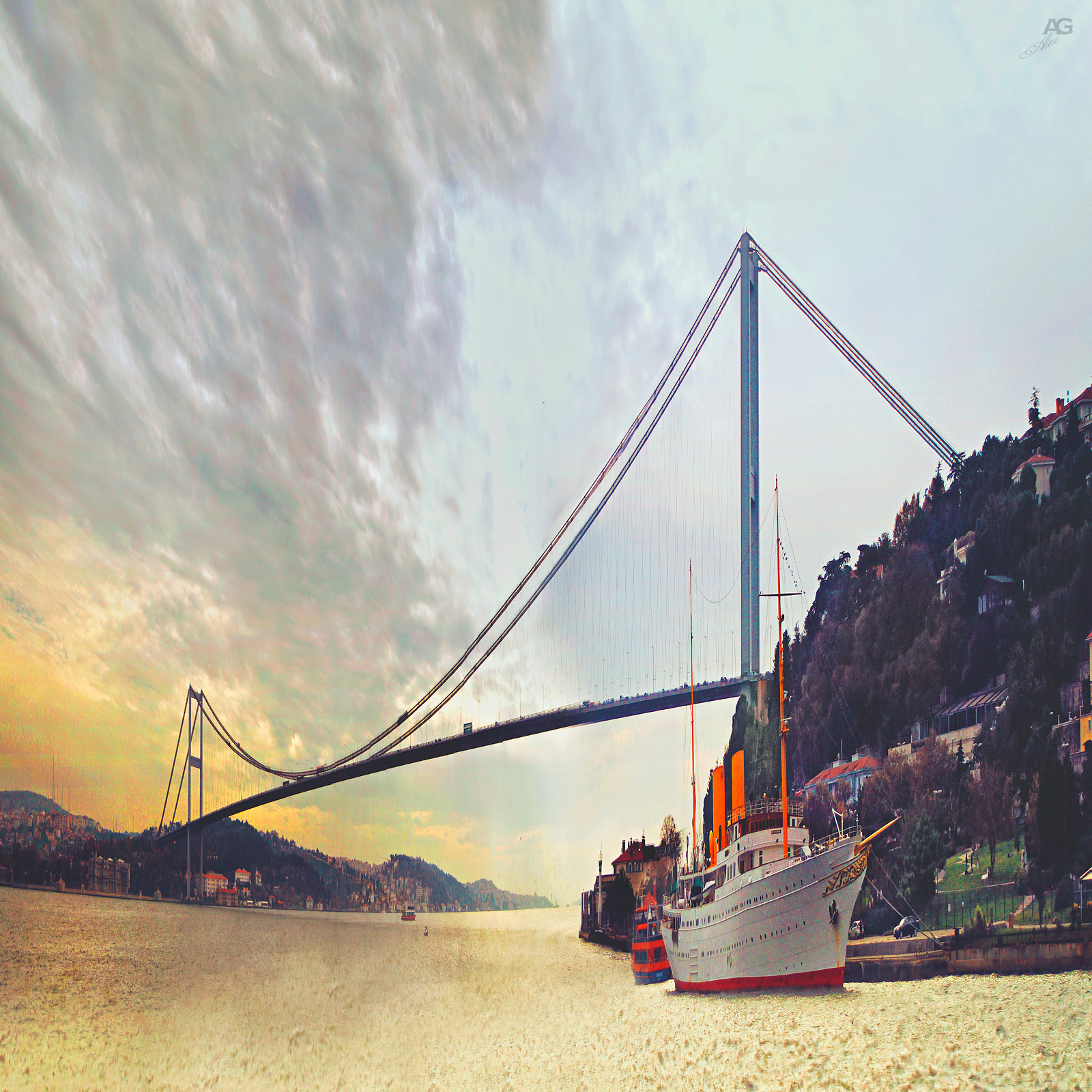 Istanbul_GoldenGateAtaturksYacht_variablySquished_1600