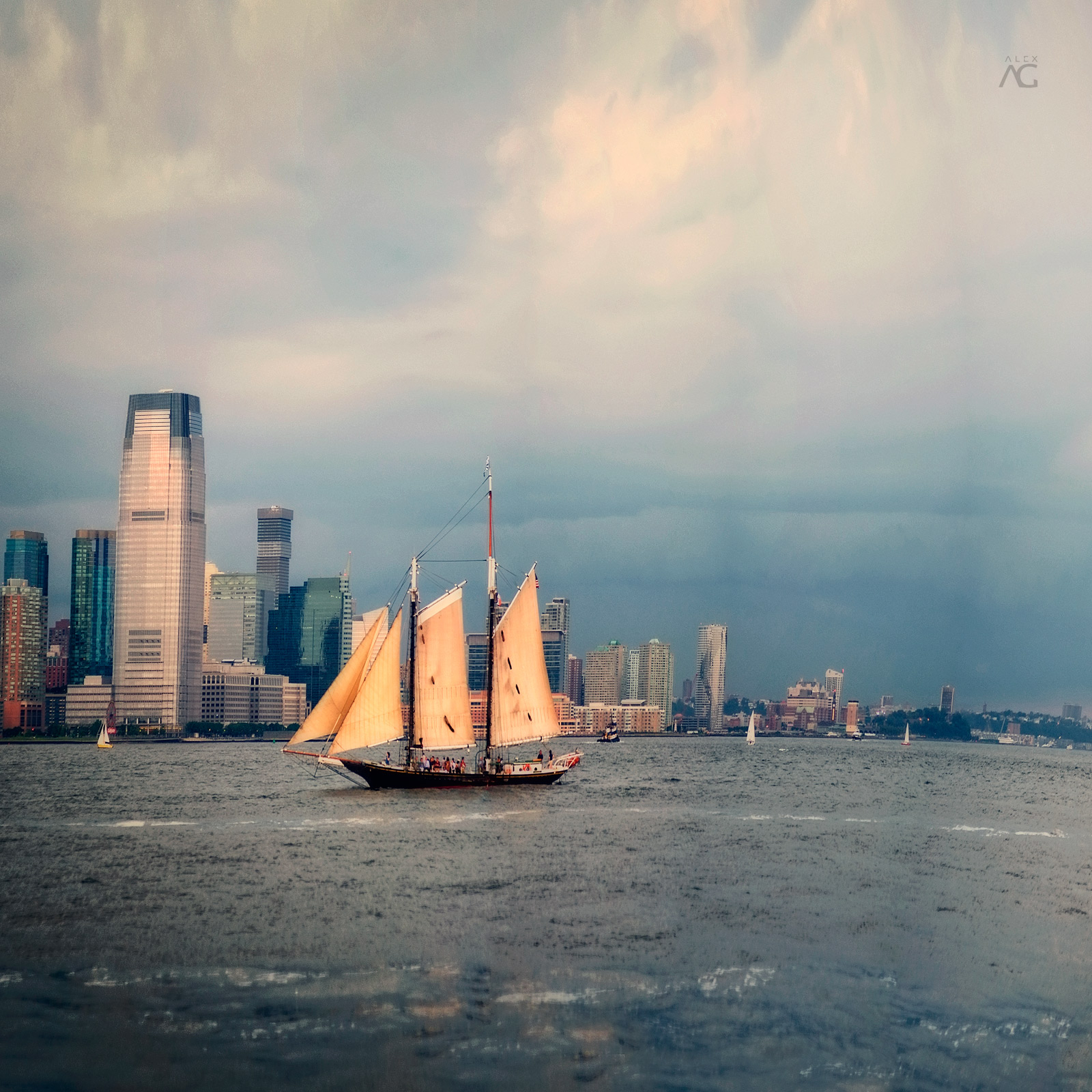 TallShipWithjerseyCityOnBlue_warped_1600