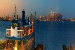 CloseupOnFerryOnStatenIslandSunsetBLurredMantattanOnABackground_squished_1600