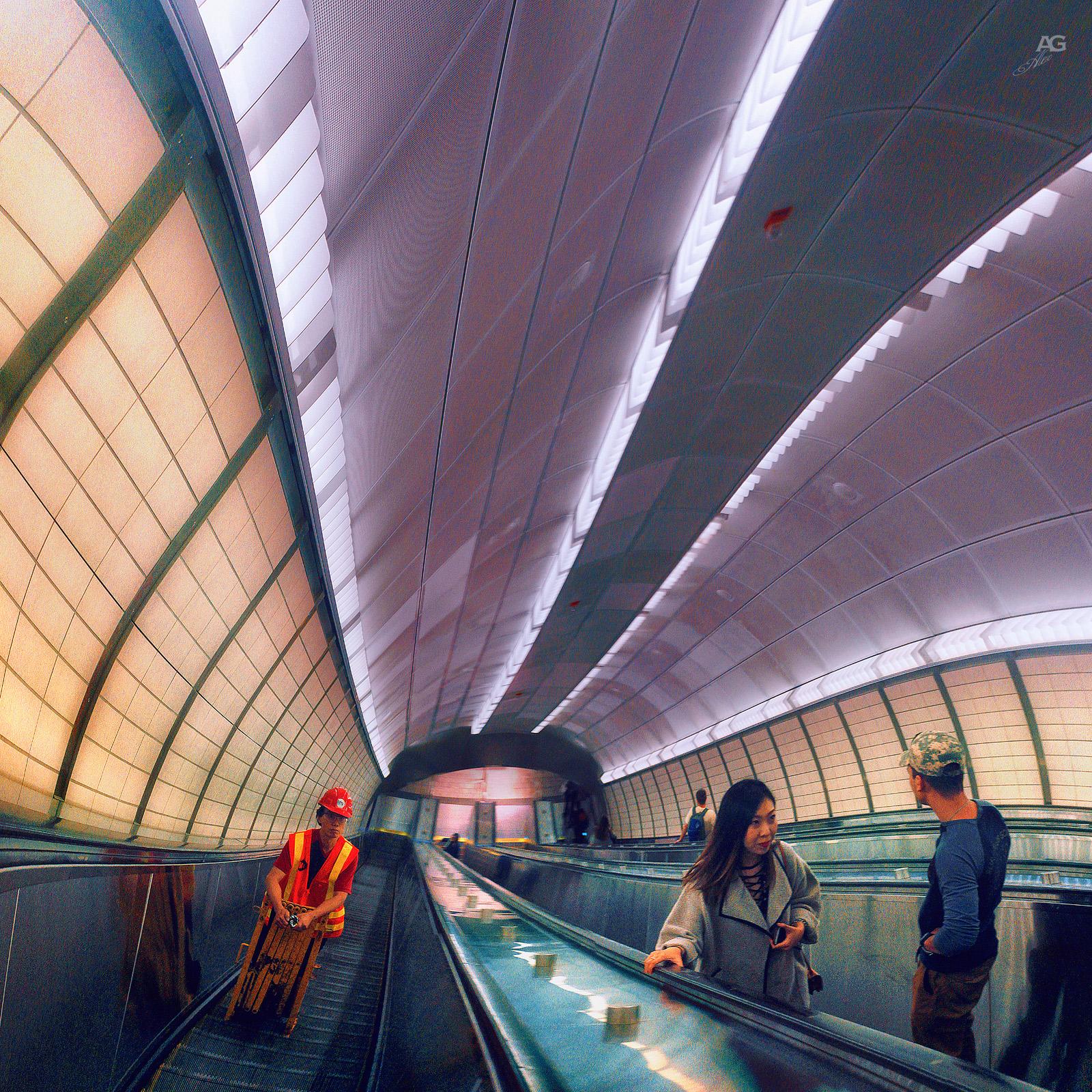 34Street&TrainStationEscalator_warped_1600