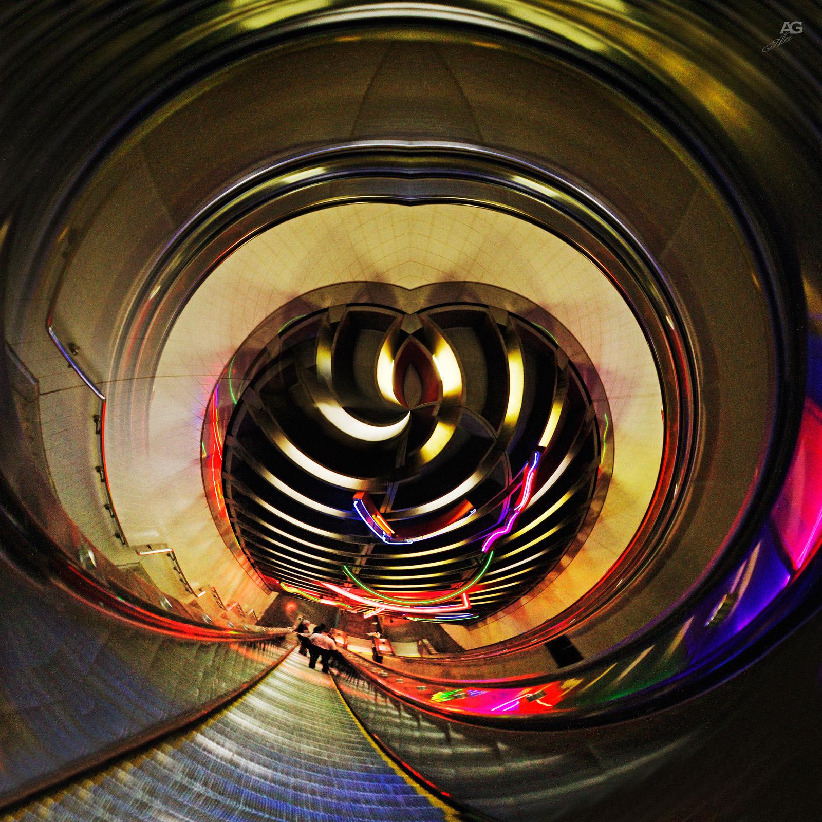 ElevatorOnExchangePlaceSubwayTrainPATHstation_POLAR_1600