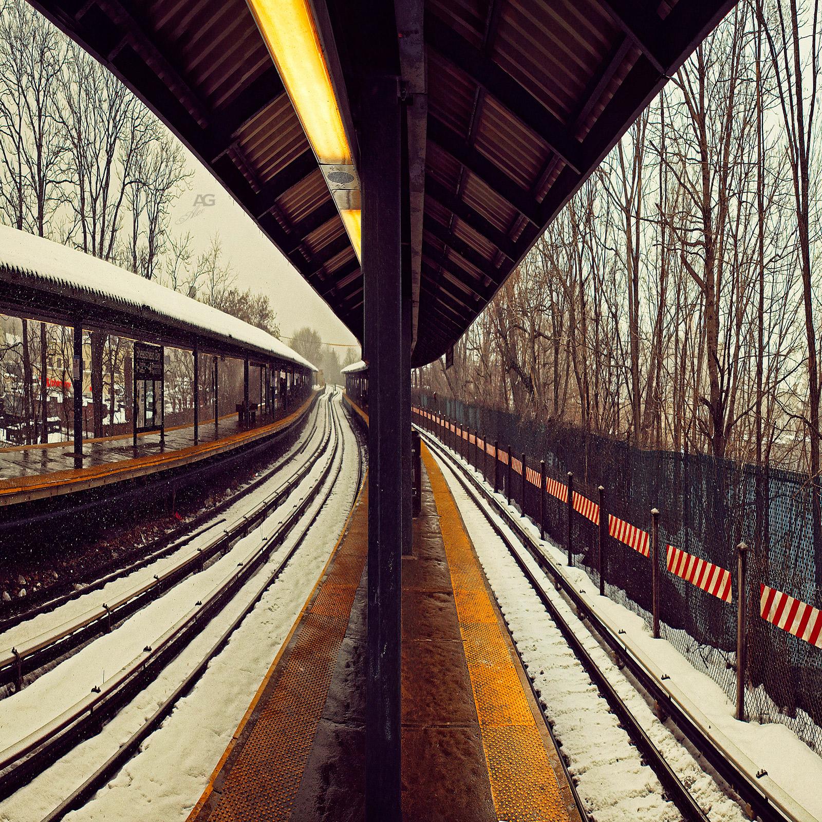 SheepsheadBay_TrainSubwayStation_UnderTheSnow_squished_1600