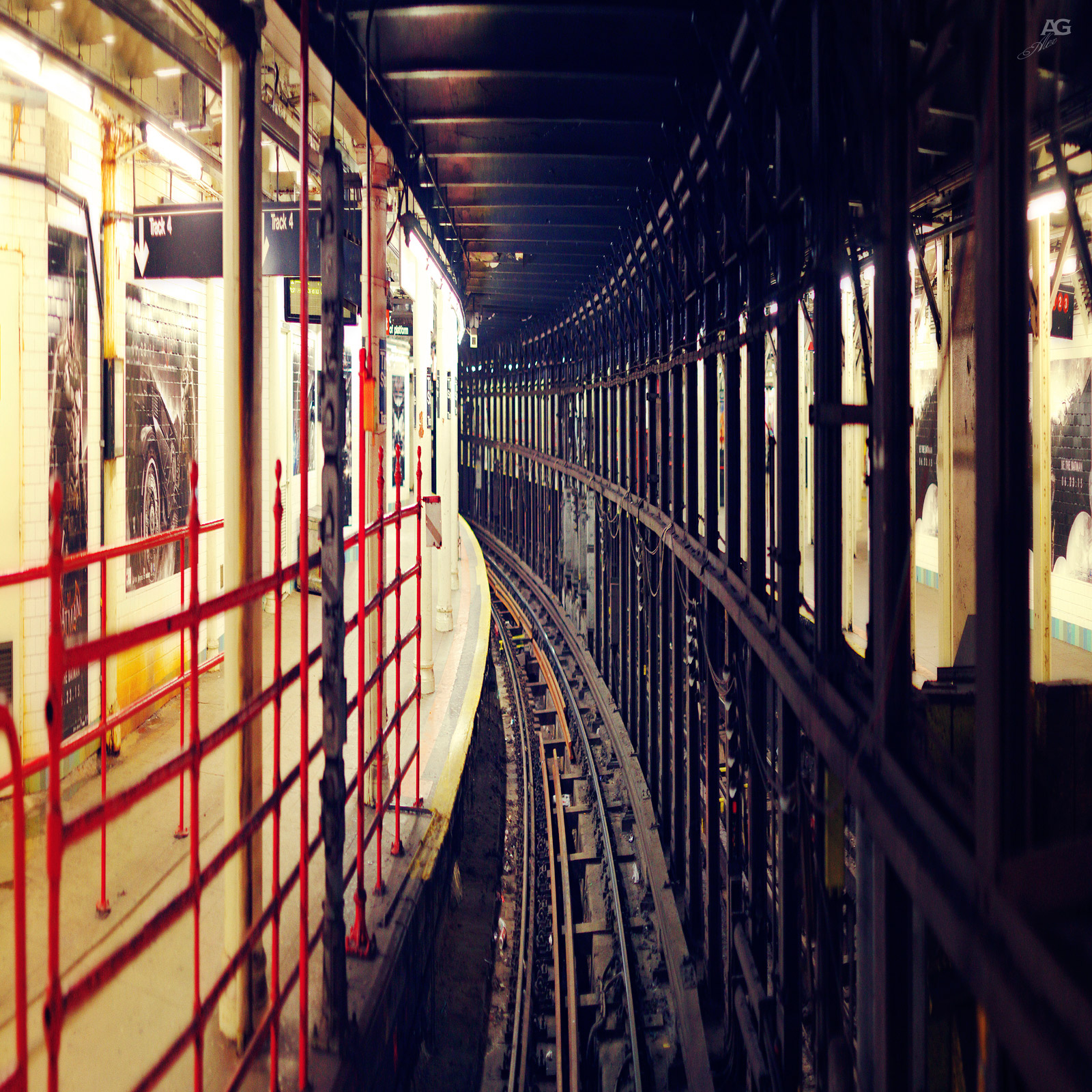 TrainSubwayTracksFromDeadFront42StreetStation_squished_1600