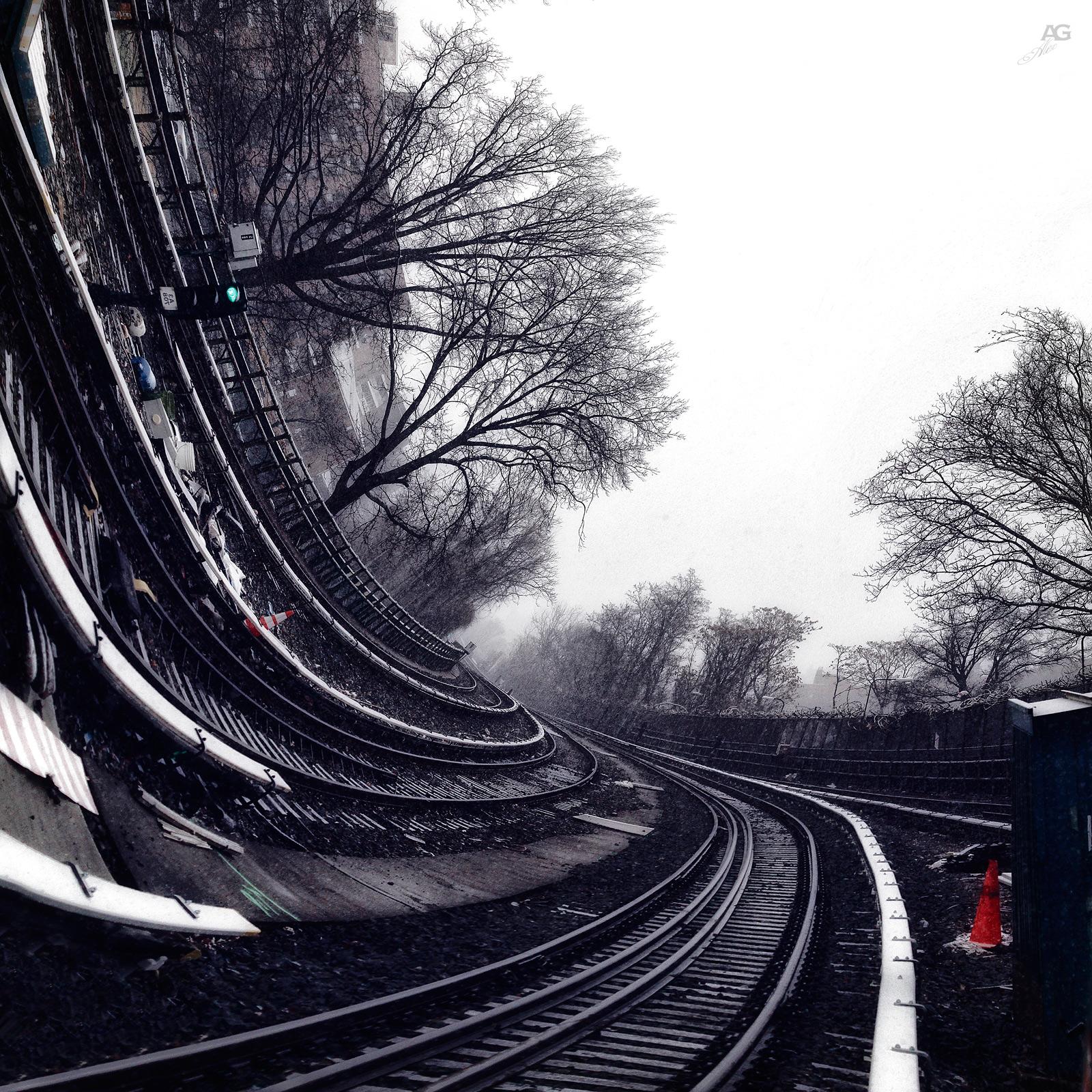 TrainTracksFromSheepsheadBayStationSnowyDay_curved_1600