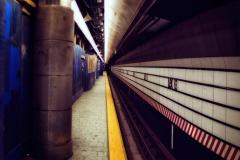 GeometyryOfLexingtonF-TrainSubwayStationBlueGreyAndYellow_squished_1600