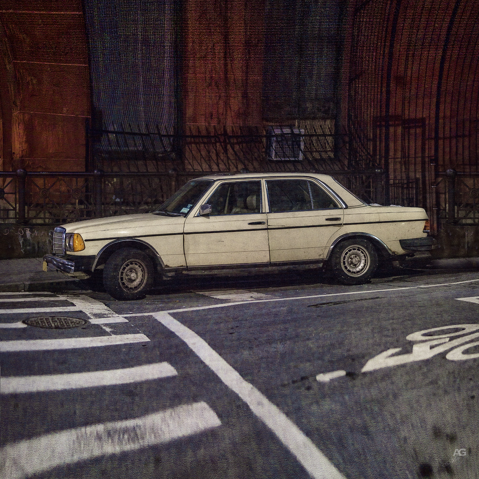 IvoryMercedesNightGreenpoint_warped_1600