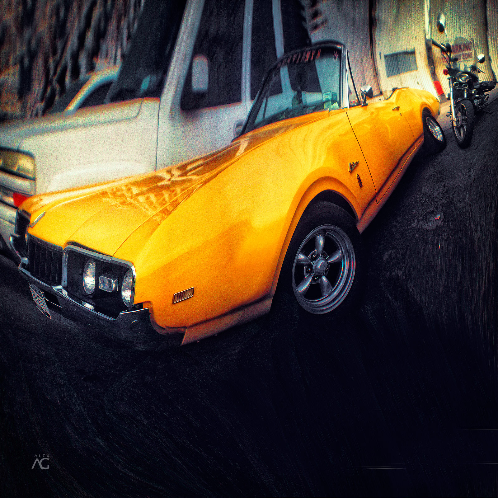 YellowMustangFrom60sOnConeyIsland_Romanika_warped_1600