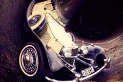 VintageJaguarFromAbove_curved_1600