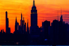 EmpireStateBuldingOnASUnsetFromWilliamsburg_variable_1600