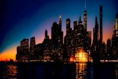 ManhattanDowntwownNightFromBrooklynHeights_warped_1600